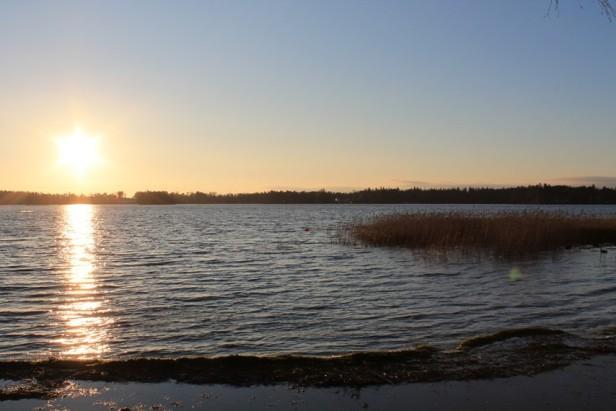 Littoistenjärvi talviauringossa